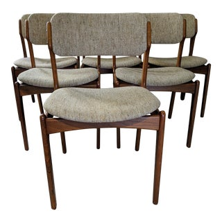 Erik Buch Model 49 Dining Chairs - Set of 6 For Sale