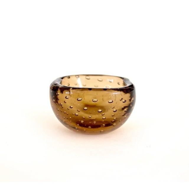 Mid-Century Modern 1950s Carlo Scarpa for Venini Murano Bulicante Small Bowl Amber Glass For Sale - Image 3 of 10