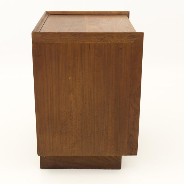 Wood Mid Century Modern Dillingham Nightstand For Sale - Image 7 of 10