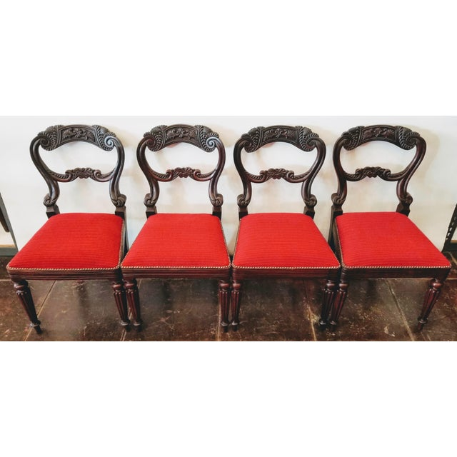 Set of Four Georgian / Regency / William IV / Victorian Rosewood Chairs Attributed to Gillows of Lancaster For Sale In San Diego - Image 6 of 10