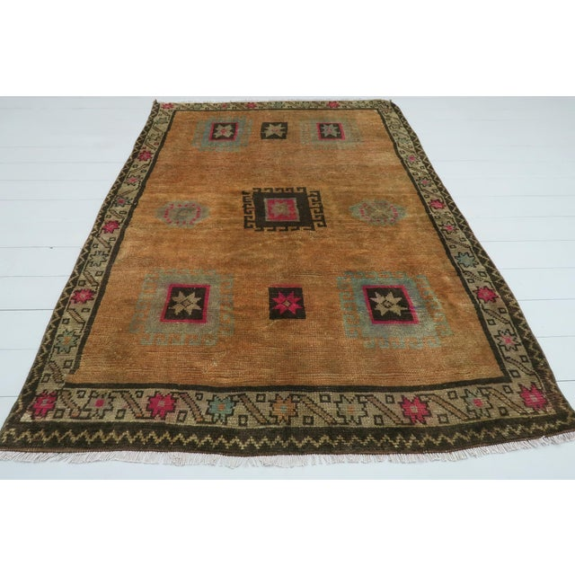 "Art Deco Vintage Turkish Kilim Rug-4'3'x5'10"" For Sale - Image 3 of 13"