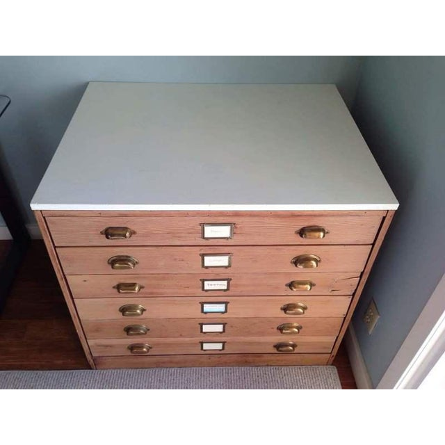 Contemporary Carved Oak & Laminate 6-Drawer Flat File Cabinet - Image 3 of 7