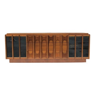 Mid-Century Bedroom Dresser in Brutalist Brasilia Style For Sale