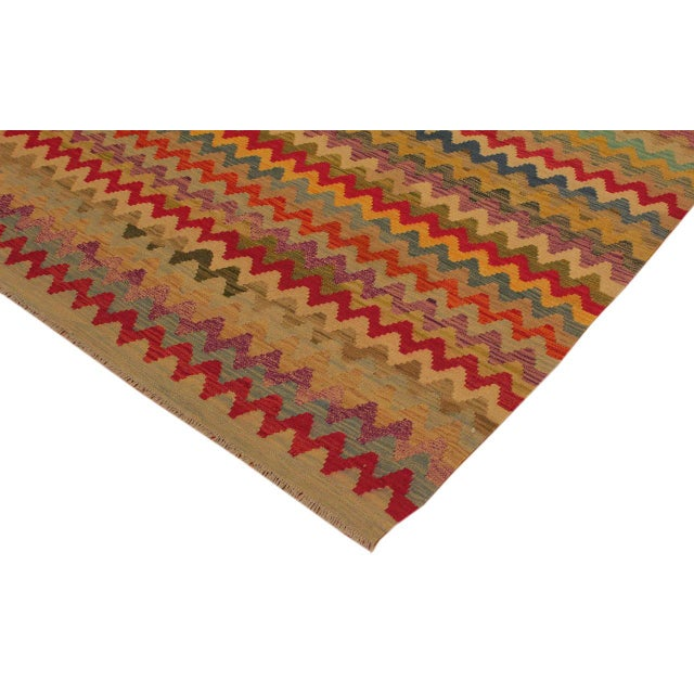 Contemporary Shabby Chic Abstract Oretha Ivory/Gray Hand-Woven Kilim Wool Rug -5'3 X 6'6 For Sale - Image 3 of 8