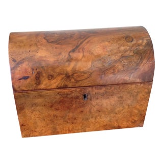 19th Century English Traditional Burl Walnut Domed Tea Caddy For Sale