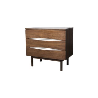 Mid-Century Reversible Stanley Chest For Sale