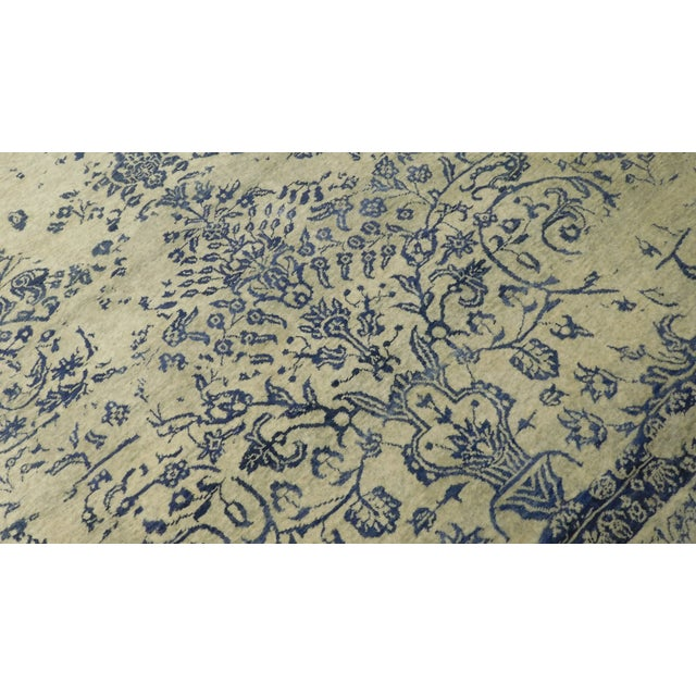 "Cotton Erased Hand-Knotted Luxury Rug - 8'11"" x 11'11"" For Sale - Image 7 of 7"