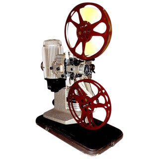 16mm Vintage Movie Projector Circa 1940. Rare Sculpture Piece For Media Room Display. For Sale