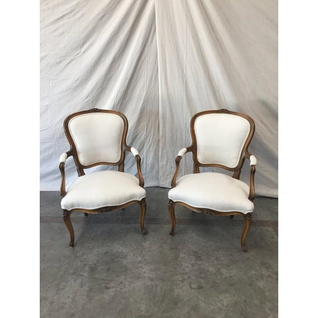 French Louis XV White Linen Walnut Armchairs - A Pair For Sale - Image 3 of 8