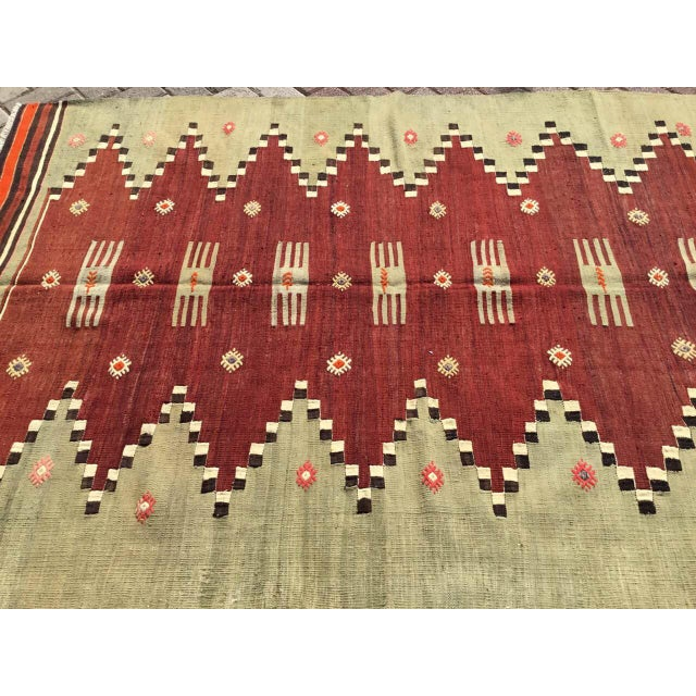 "Vintage Turkish Kilim Rug - 4'9"" X 7' - Image 3 of 10"