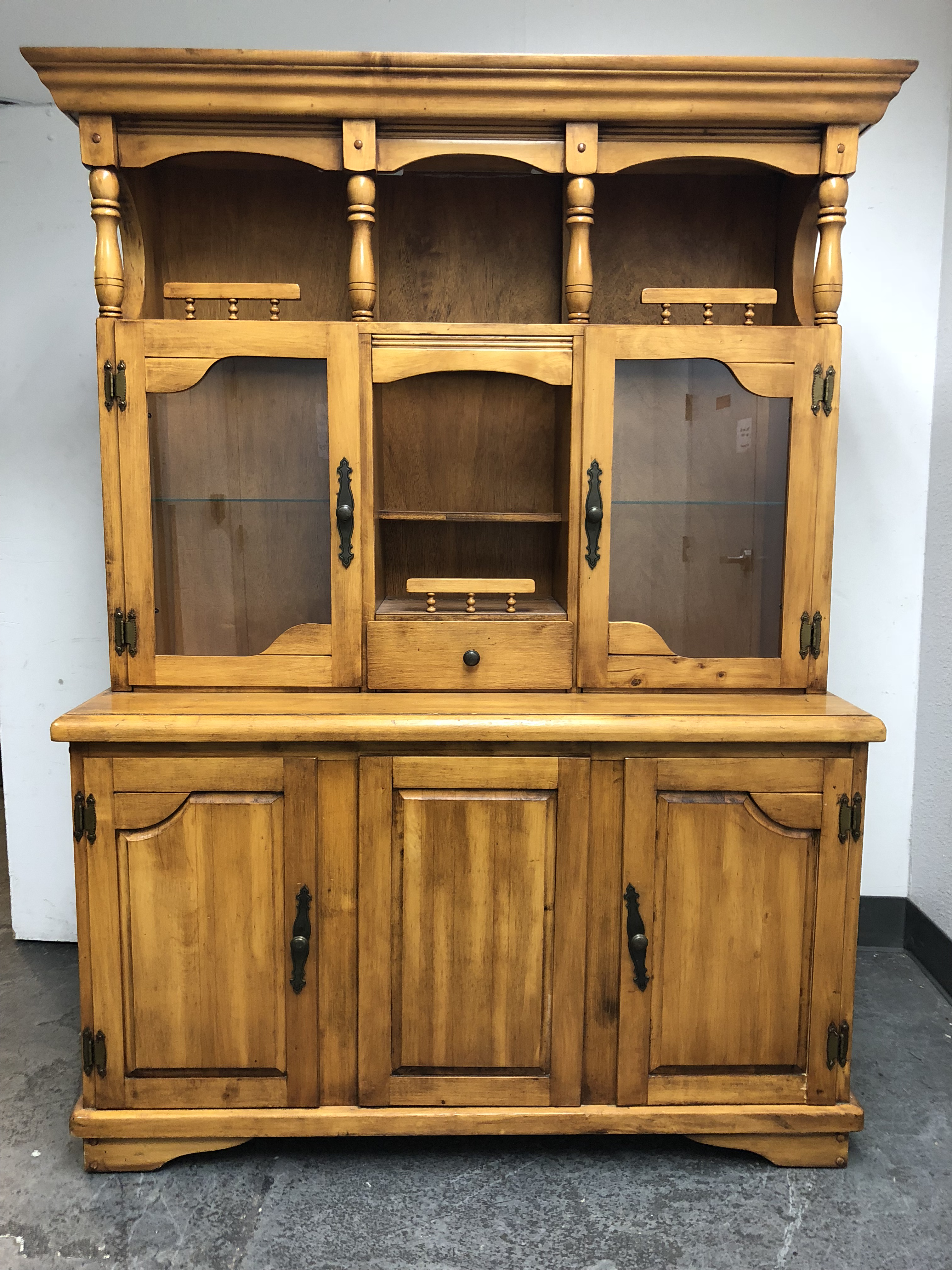 Superieur Design Plus Gallery Presents A Wood China Cabinet. This Two Piece Display  Cabinet Has Plateful