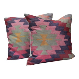 """A Pair of Diamond Pattern Kilim Inspired Print Pillows - 16"""" For Sale"""