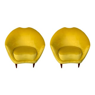 Italian Armchairs by Federico Munari, Italy, 1960s - a Pair For Sale