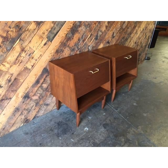 American of Martinsville Nightstands - Pair - Image 3 of 6