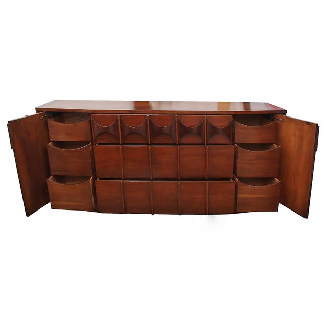 Contemporary 1960s Kent Coffey Perspecta Dresser For Sale - Image 3 of 8