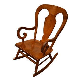 Vintage Tell City Solid Hard Rock Maple Colonial Style Balloon Back Rocker Rocking Chair For Sale