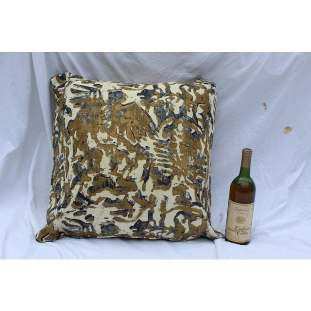 Contemporary Printed Linen Navy Blue and Bronze Down Pillows - a Pair For Sale - Image 10 of 12