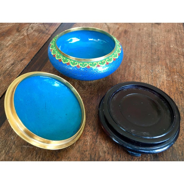 1970s Chinese Cloisonne Trinket Box For Sale - Image 9 of 13