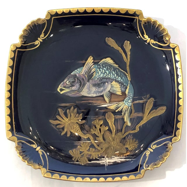 Belle Epoque Antique French Limoges Cobalt and Gold Painted Porcelain Fish Service of 10 Plates and 1 Platter, Circa 1890. For Sale - Image 3 of 5
