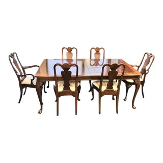 Late 20th Century Mahogany Queen Anne Style Banded Inlaid Dining Set - 7 Pieces For Sale