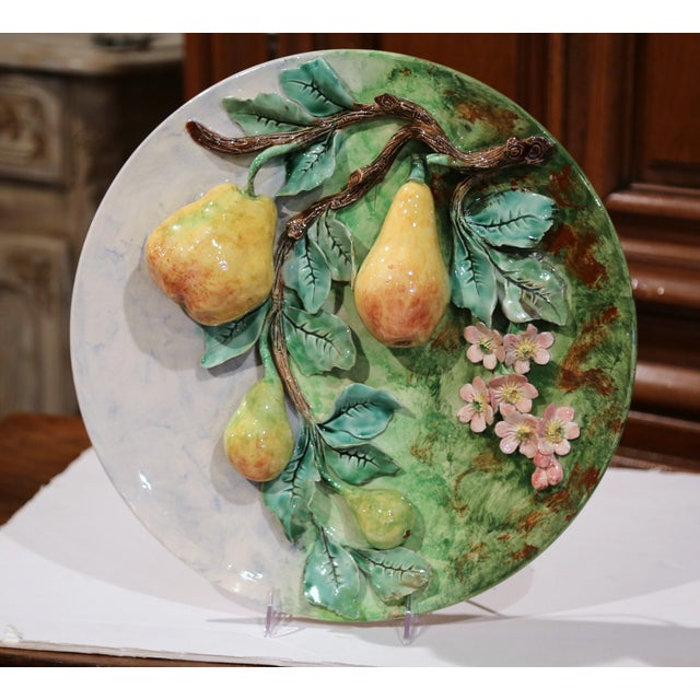 Large 19th Century French Barbotine Wall Platter With Pears From Longchamp For Sale - Image 10 of 10