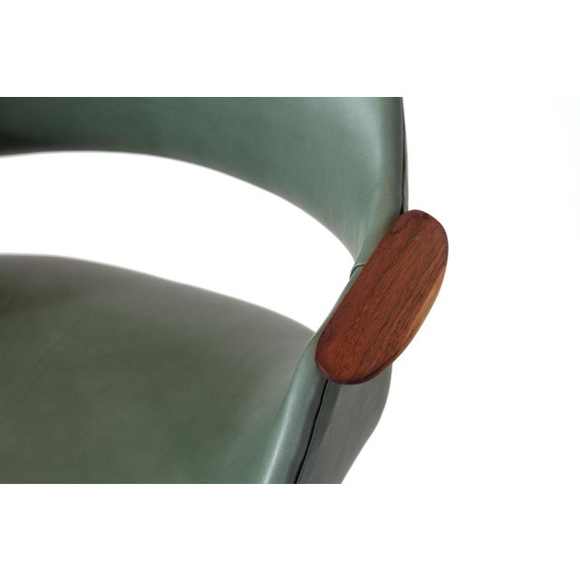 1960s Arthur Umanoff Leather Swivel Chair For Sale - Image 5 of 7