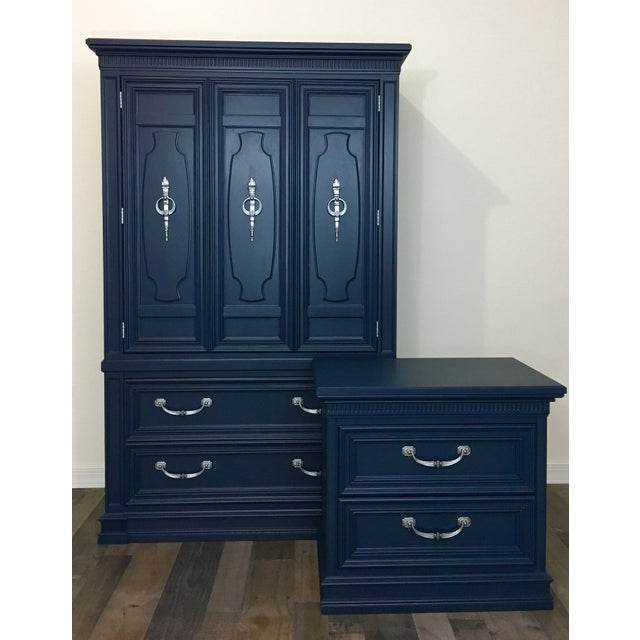 1970s Traditional Thomasville Armoire/Wardrobe and Matching Nightstand - 2 Pieces For Sale - Image 13 of 13