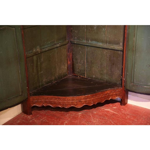 Green 18th C. French Carved Walnut Bow Corner Cabinet For Sale - Image 8 of 8