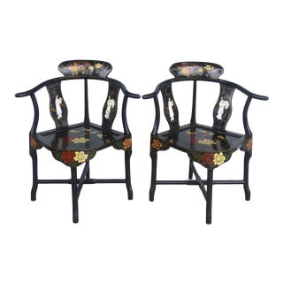 A Pair of Chinese Lacquered Corner Chairs With Mother of Pearl Figures For Sale
