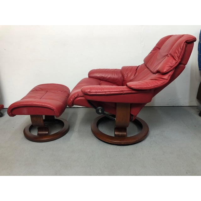 Ekornes Stressless Leather Adjustable Recliner Chair Medium