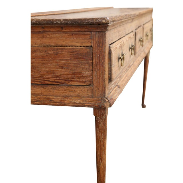 English Traditional 18th Century Pine Dresser For Sale - Image 3 of 11
