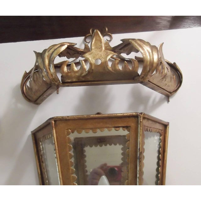 Mid 20th Century Italian Hollywood Regency Gilt Toleware Sconces - a Pair For Sale - Image 5 of 11