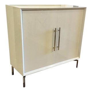 Contemporary White Lacquer Mitchell Gold Ming Storage Chest For Sale