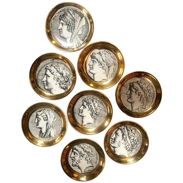 """Gold Set of Eight Vintage Piero Fornasetti """"Monete"""" Little Plates, Italy, 1970s For Sale - Image 8 of 8"""