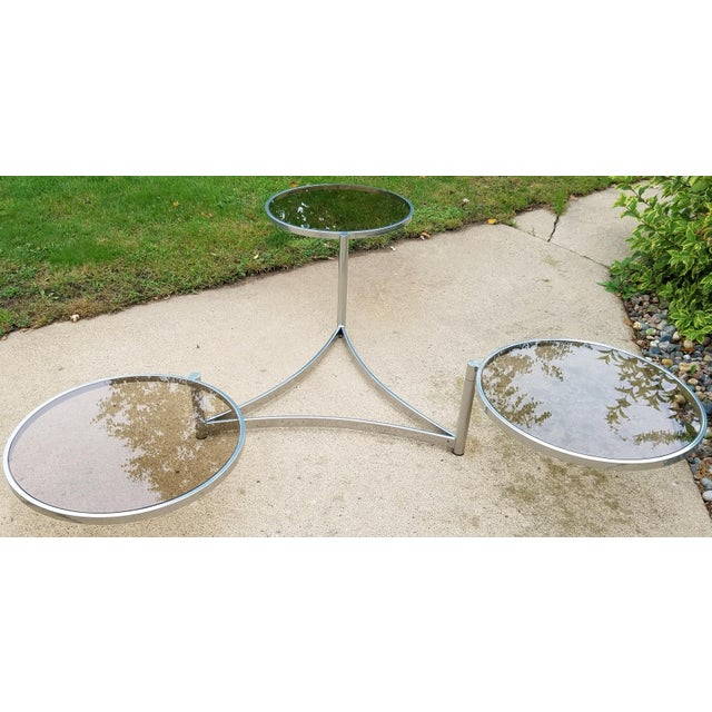 Milo Baughman Tri Level Chrome and Glass Swivel Coffee Table For Sale In Minneapolis - Image 6 of 11