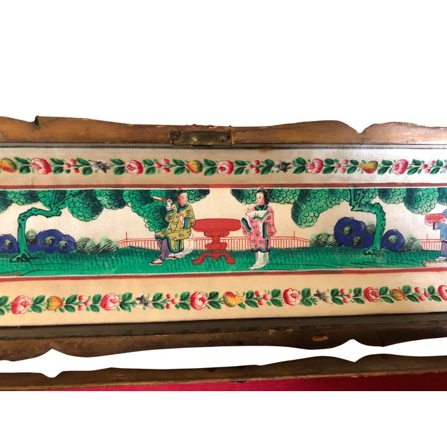 Early 19th Century Early 19th Century Hand Painted Chinese Fan Box For Sale - Image 5 of 7