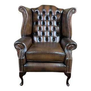 Vintage Mid-Century Brown English Leather Chesterfield Wingback Chair For Sale