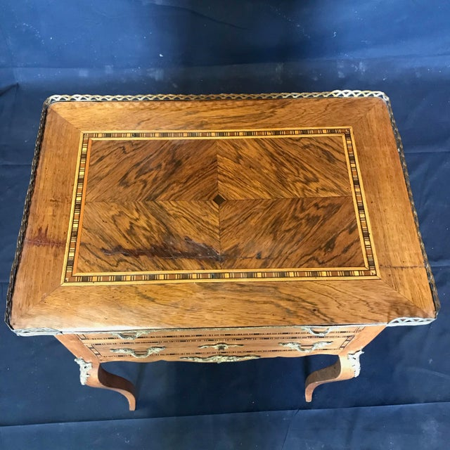 Louis XV Style Inlaid Night Stand or Side Table With Gold Fretwork For Sale - Image 4 of 12