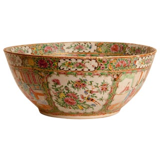 Rose Medallion Punch Bowl, China 19th Century