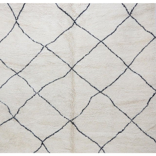 Vintage Beni Ourain Moroccan Rug - 9′7″ × 12′8″ For Sale - Image 4 of 6