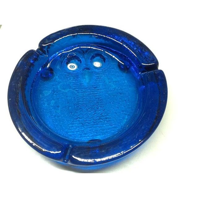1970s Vintage Cobalt Blue Blenko Art Glass Owl Ashtray For Sale - Image 5 of 7