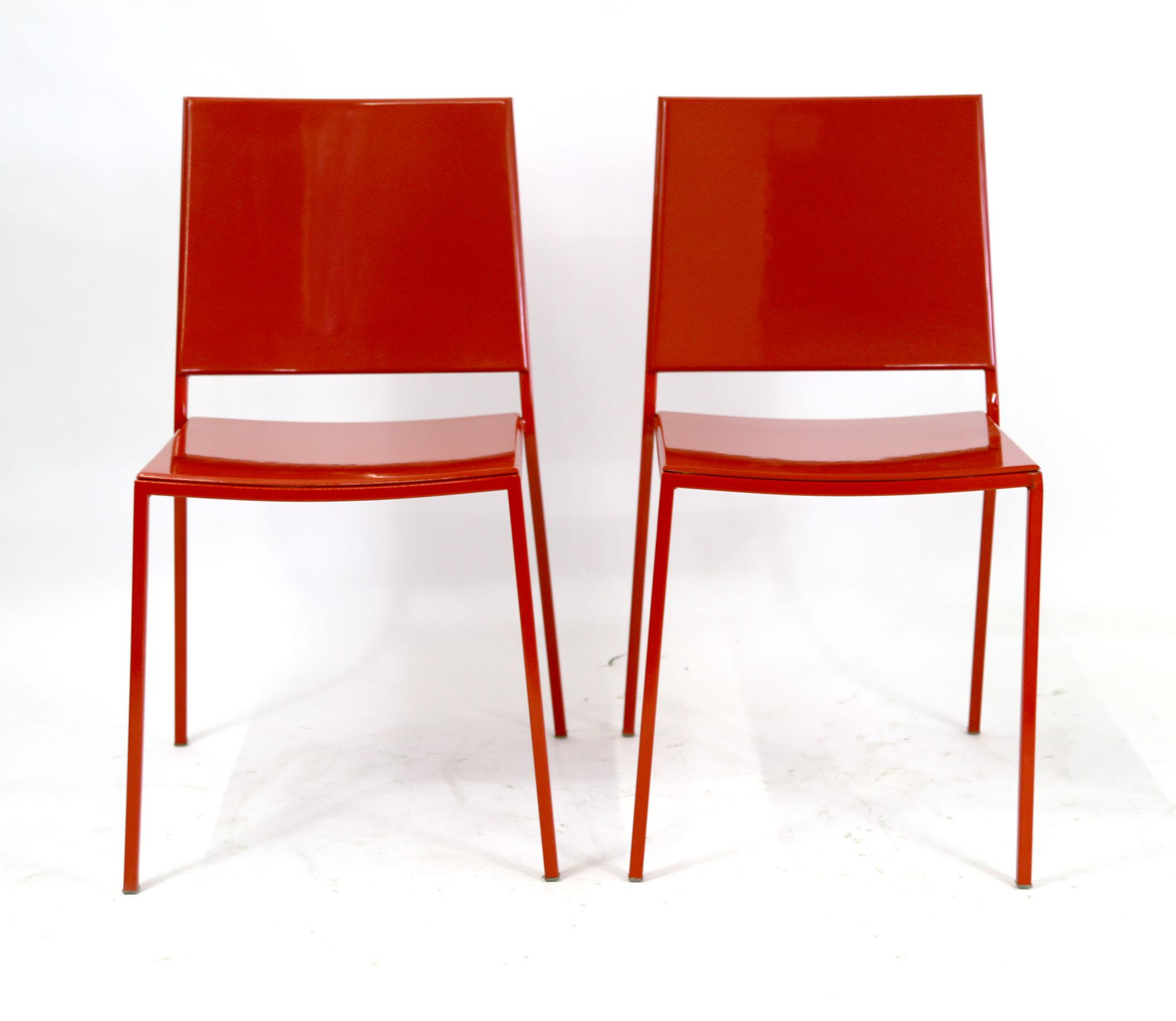 Superieur Italian Italian Made Minimal Modern Red Metal Chairs   A Pair For Sale    Image 3