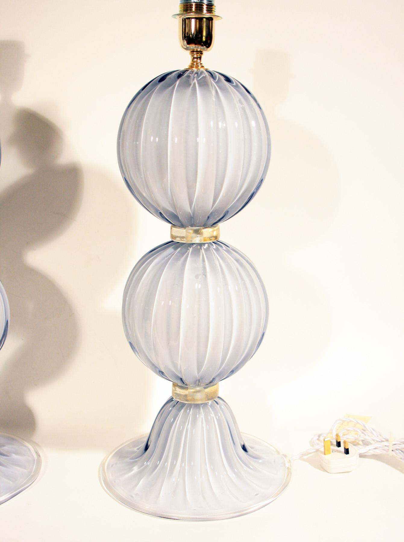 Alberto Dona Murano Globe Table Lamps   A Pair   Image 3 Of 3