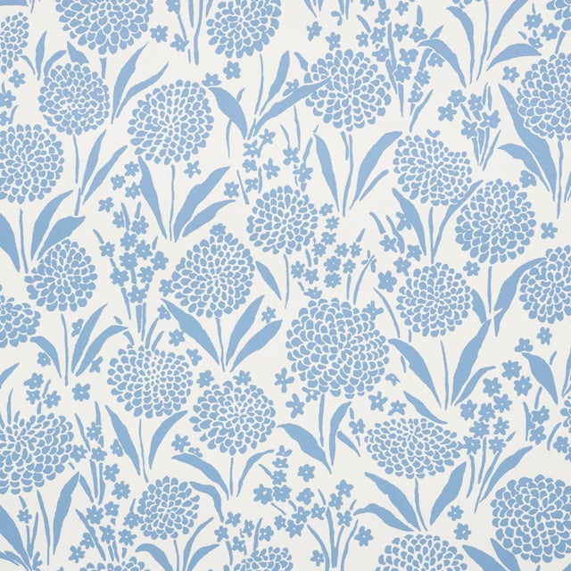Schumacher Sample - Schumacher Chrysanthemum Wallpaper in Chambray For Sale - Image 4 of 5