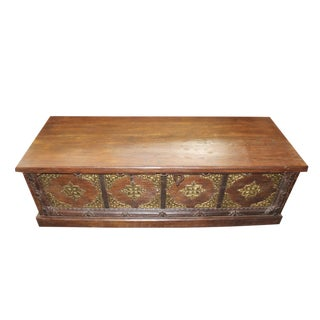 Antique Indian Chest Brown Golden Brass Bed Trunk Bench Statement Decor For Sale