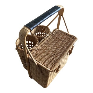 Vintage Wicker Picnic Basket With Dual Bottle Holder For Sale