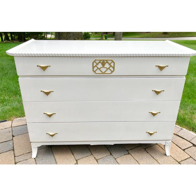 Metal Mid Century Modern White Lacquered Chinoiserie Style Chest For Sale - Image 7 of 7