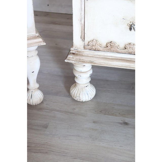 White 20th Century Italian Country Lacquered Commode and Two Nightstand For Sale - Image 8 of 13