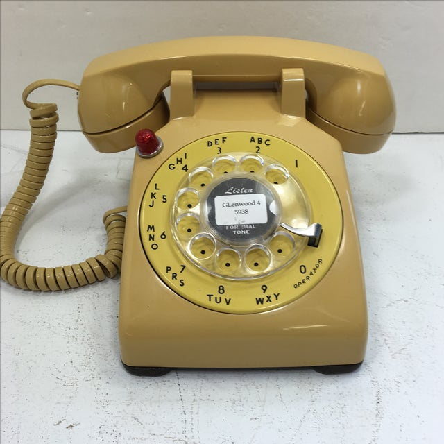 Yellow 500 Rotary Dial Desk Phone With Light - Image 2 of 11