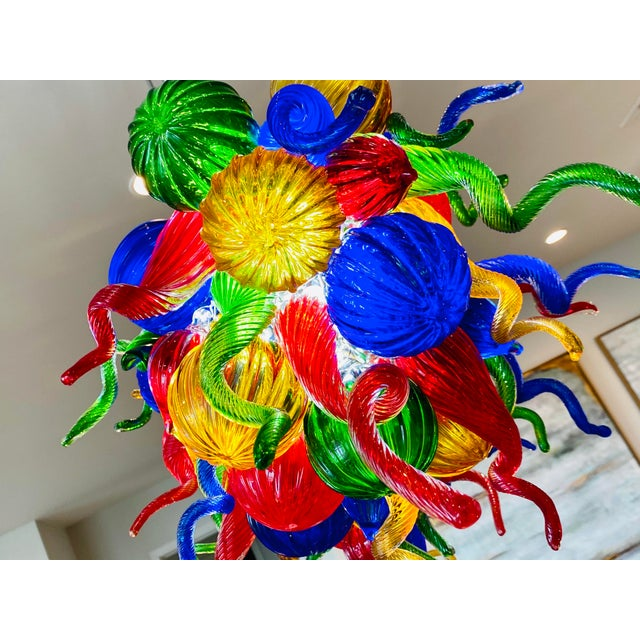 Modern Chihuly Style Hand Blown Murano Glass Chandelier For Sale - Image 3 of 11